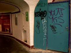 ESIRO YOUT (Dubwise Version) Tags: paris graffiti iac vep yout yks esiro