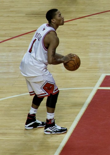 derrick rose photo shoot. Derrick Rose about to shoot a