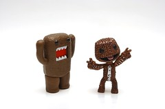SACKBOY : Peace & Joy to the WORLD (kingkong21) Tags: domo littlebigplanet sackboy
