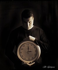 Time - Zaman   (SELFPORTRAIT) (aliaydogmus35) Tags: old sun white selfportrait black sepia turkey 50mm photo time next nostalgia hour past saat konak izmir gne duvar zaman canon500d