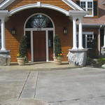 """Inviting Entryway by Greenhaven Landscapes <a style=""""margin-left:10px; font-size:0.8em;"""" href=""""http://www.flickr.com/photos/117326093@N05/12994588293/"""" target=""""_blank"""">@flickr</a>"""