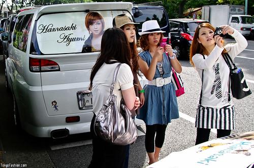 Japanese Ayumi Hamasaki Fan Girls