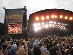 Lovebox Weekender (russelljsmith) Tags: uk friends england music london festival fun concert victoriapark europe stage gig crowd drinks drunks 2009 lovebox loveboxweekender 77285mm loveboxweekender2009 lovebox2009 lastfm:event=861454