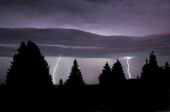 Nature's Fireworks (Len Langevin) Tags: longexposure cloud canada storm weather clouds landscape nikon bc nanaimo explore vancouverisland ciel lightning nuages frontpage mto d300 lightnings foudre clairs beautifullandscapephotography