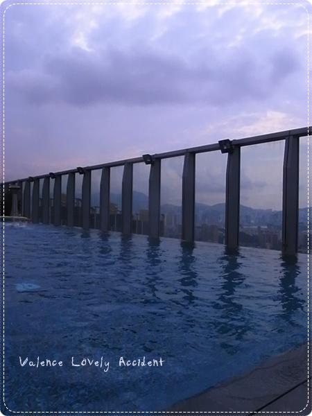 W Hotel_75F_游泳池_7