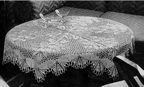 Free Round Tablecloth Crochet Pattern - onehop.eu