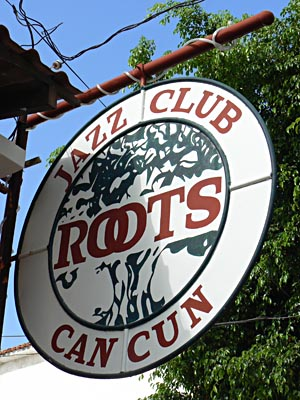 jazz club cancun.jpg