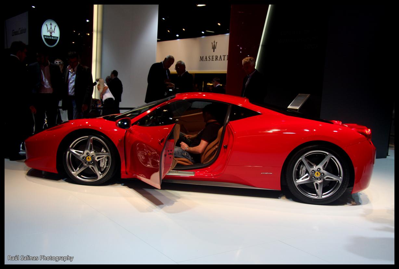 Ferrari F458 Italia. go back