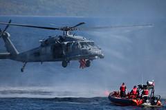 (Frankverro) Tags: coastguard rescue lake boat helicopter swirl diver blackhawk sar gander searchandrescue hlicoptre zodiak littleharbour sauvetage exercice plongeurs rechercheetsauvetage sarex2009