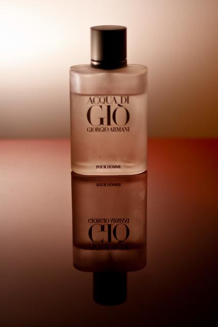 red reflection bottle perfume cologne gio transparent product dailyphoto giorgio armani acquadigio pourhomme photo365