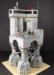 Vastitas Oil Rig (Ludgonious) Tags: city station toy liu mine tank lego space pipes gas mining well pump rig oil scifi octan vastitas