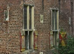Could use some paint.... (joeke pieters) Tags: germany shutters blinds cycletour luiken castleraesfeld