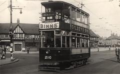 041468:Tram, Chillingham Road, Heaton, 1948 (Newcastle Libraries) Tags: transport tram trams newcastleupontyne tynesidelifeandtimes