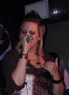 Camilla på scen