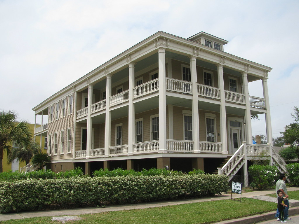 Marcus McLemore House (1869-70)