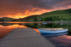 this is ladybower (gobayode photography...times) Tags: boat jetty derbyshire fishingboat fishingpier ladybowerreservoir ladybower derwentwaters lowwaters sunsetcolours highpeaknationalpark ashopton pieratsunset ladybowerfishing ladybowersunset lowreservoirs modernjetty