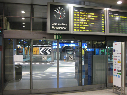 Eingang Busbahnhof tpf