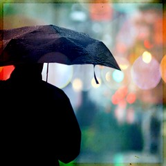 Summer blues re-edited (2) (Maureen F.) Tags: chris man colors rain umbrella bokeh squared notmyphoto