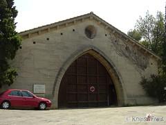 Chteauneuf-du-Pape - France (knipsfredi) Tags: france castle frankreich schloss chteau domaine festung chteauneufdupape knipsfredi knipsfreddy
