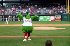 The Phillie Phanatic looking up to the sky