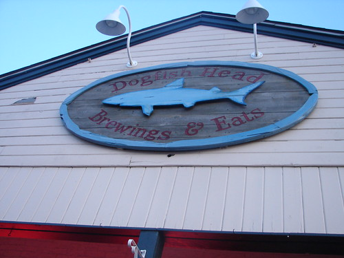 Dogfish Head brews & eats at Rohobeth Beach