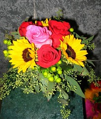 "#19ED $70 Colorful Mixed Bouquet • <a style=""font-size:0.8em;"" href=""http://www.flickr.com/photos/39372067@N08/3791929092/"" target=""_blank"">View on Flickr</a>"