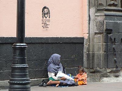 mendiants devant el templo san francisco.jpg