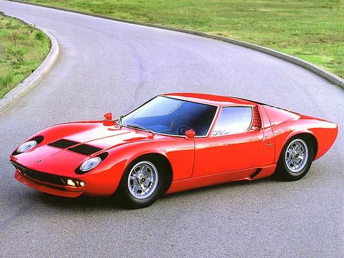 フリー画像| 自動車| スポーツカー| スーパーカー| ランボルギーニ/Lamborghini| ランボルギーニ ミウラ| 1970 Lamborghini Miura S| イタリア車|    フリー素材|