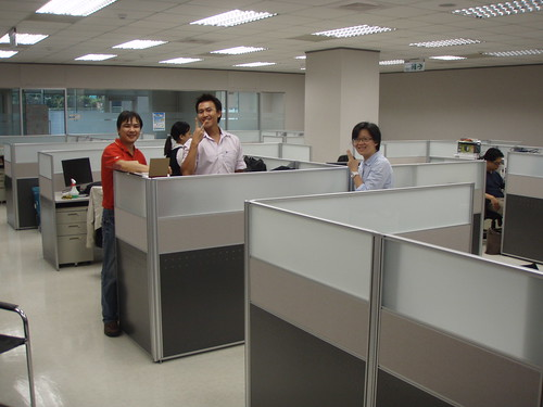 新辦公室格局方正 = =+