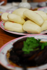 Steamed bread with Braised Brisket (Kong ba bao) - DSC_0090 (~Nisa) Tags: food asian singapore asia chinese pork bun amoystreet hokkien steamedbun braisedbrisket kongbabao benghiangrestaurant steamedbreadwithbraisedbrisket  112amoystreet