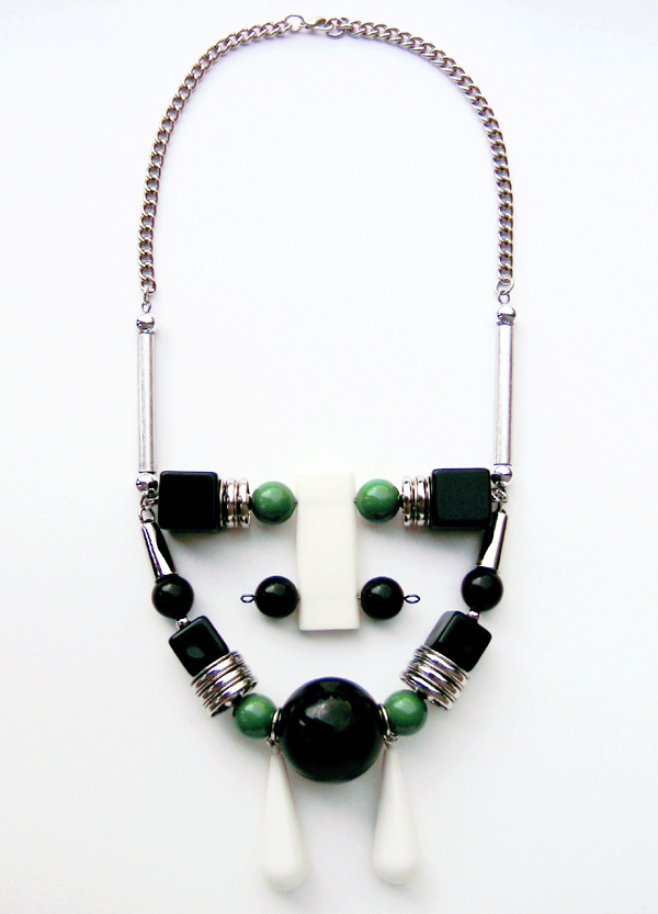 a_s_proto deco necklace