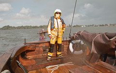 Sailor on the Kaag (Wanderungen) Tags: lake rain sailor 2009 dp1 kaag sigmadp1