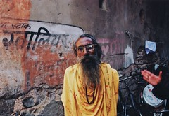 Holy Man and mystery hand, India (deepstoat) Tags: street india colour film 35mm nikon rajistan f50 autaut deepstoat