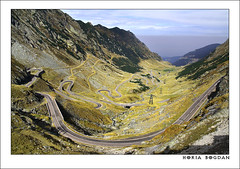 """The best road in the world"" (Horia Bogdan) Tags: road highway romania jeremyclarkson transfagarasan topgearbestamazinglandscapehoriabogdan outstandingromanianphotographers gettyromania1"