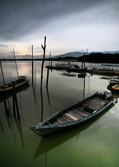 Sungai Merbok (hengcm) Tags: sunset eos evening boat wide 5d 1740mm kedah merbok hengcm