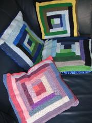 Gehaakte patchwork kussentjes (turkoois4kant) Tags: colors square crochet cushions handcraft handwerk kleuren vierkant decoratie kussentjes haakwerk
