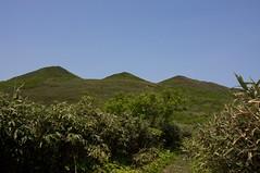 シャクナゲ岳の三峰