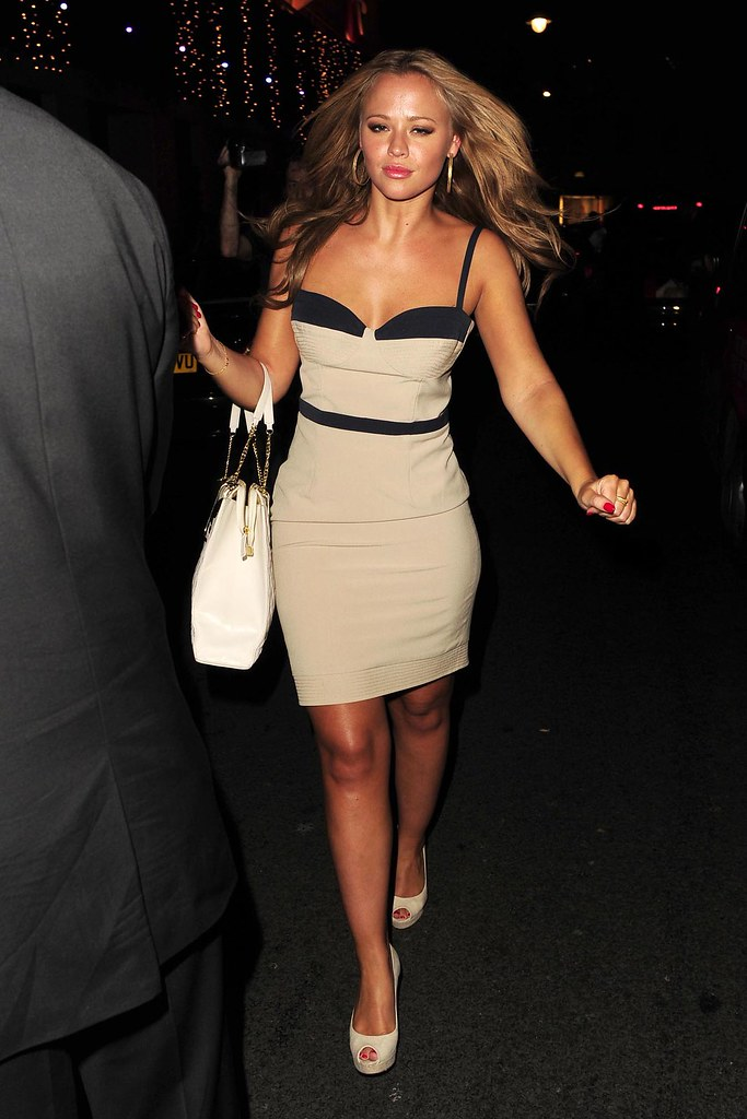 Kimberley Walsh Leaving The Mayfair Hotel (USA AND OZ ONLY)