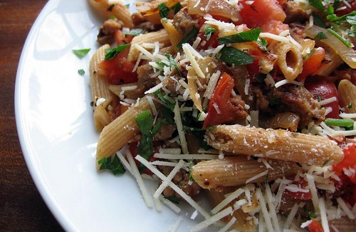 Fresh Tomato, Sausage and Romano Pasta