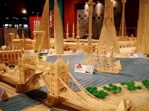 toothpick-city_1479831i