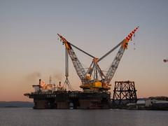 S7000 with Frigg QP at Stord 2 (thulobaba) Tags: energy offshore engineering cranes jacket northsea rig barge aker semisubmersible surveying saipem heavylift fugro saipem7000 oilandgas sscv