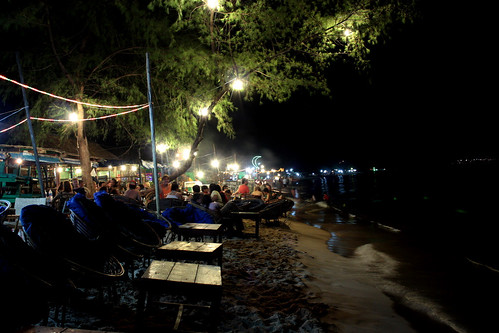 SihanoukVille's beach at night...