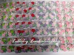 Prontos para embalar. (Lullaby Lembrancinhas) Tags: casamento patchwork aniversrio 15anos maternidade tecido lembrancinhas rosinhas vasinho