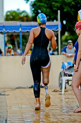 20091113_SC_1735 (Saulo Cruz) Tags: brazil sports swimming de leg competition artificial natao sweat swimmer disabled effort strength athlete esportes vontade prosthesis amputation willpower perna amputee fora paralympics atleta nadadora mecnica paralympic competio overrun superao enap specialperson amputada pessoaespecial prtese paraolmpico paraolmpicos pessoacomdeficncia portadordenecessidadeespecial bearerofspecialneed paraolimpadasescolares camillecruz