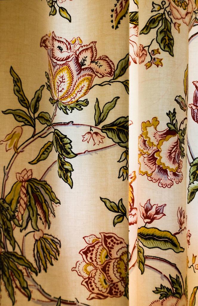 Floral Drapes - Hildene (21 416)