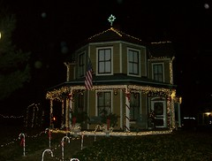 HPIM2718 (ohairas) Tags: christmas holiday floral vintage festive lights victorian nostalgia staircase greenery froufrou edwardian decorated housetour victorianhome wraparoundporch antiues restoredvictorian