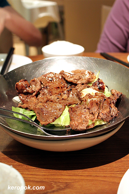 Pan-fried Beef Tenderloin with Black Pepper