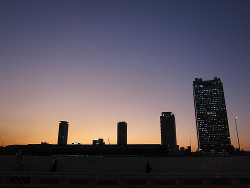 the twilight at Umeda one day (1)