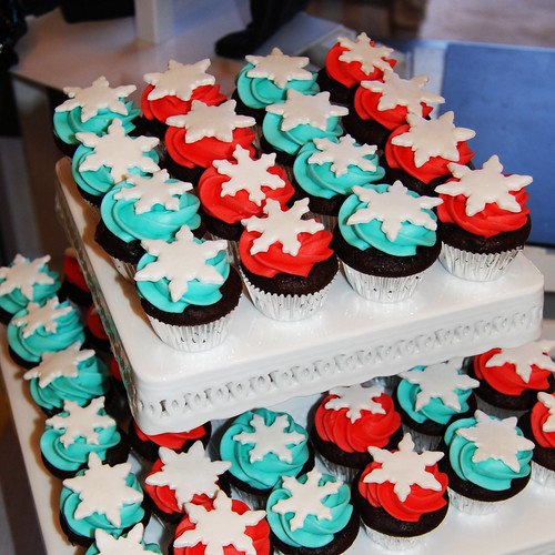 red and turquoise snowflake minicupcakes cupcake tower display for Urban Kidz event