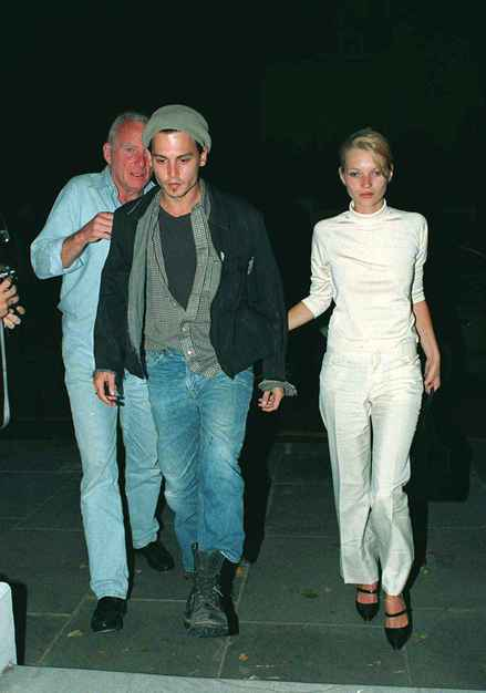 johnny_depp_kate_moss_5-thumb-440x626-27250